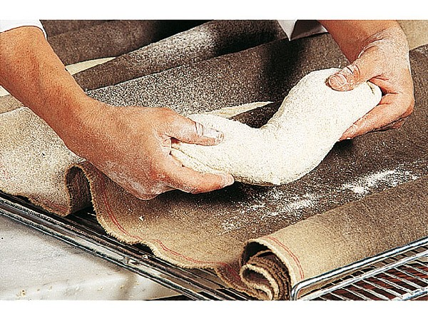 Notre mat&eacute;riel nous permets &eacute;galement de pouvoir laver les toiles de boulangerie.<br /> C&#039;est ainsi que nous avons plusieurs partenaires dans la r&eacute;gion du Lub&eacute;ron.